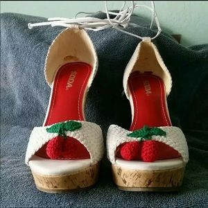Crochet wedges size 8